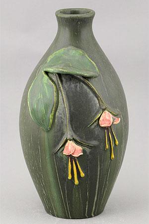 Fuschia Vase Details